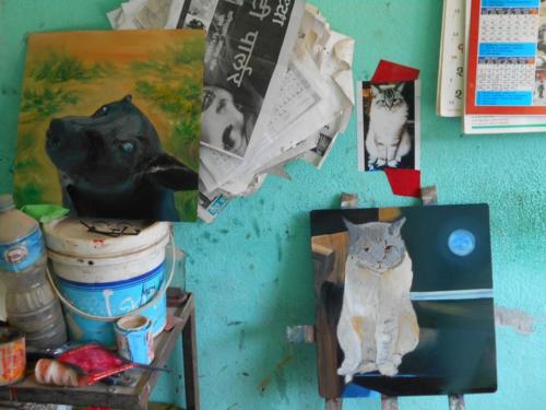 Folk art cat on easel in Kathmandu