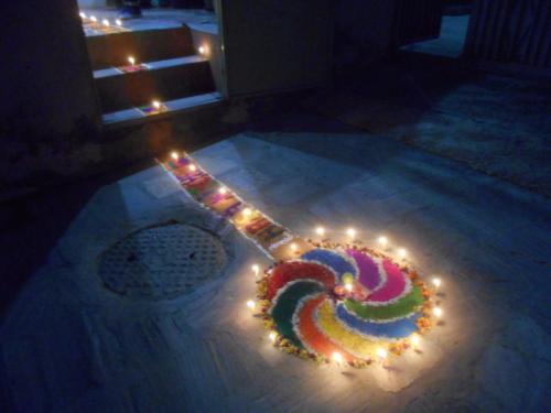 A pinwheel rangoli to entice Laxmi